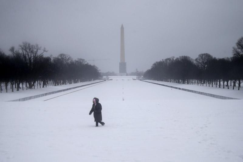 snow_reflecting_pool