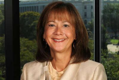 headshot of Karen Evans