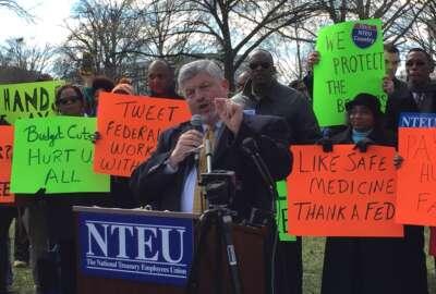 NTEU National President Tony Reardon rallies the crowd on Capitol Hill.