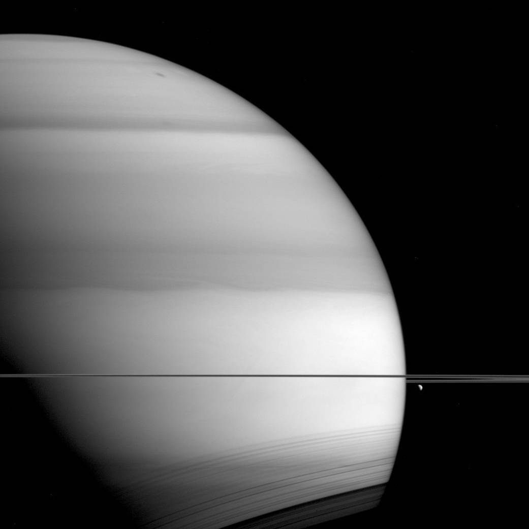 cassini spacecraft pictures of saturn - HD 1041×1041