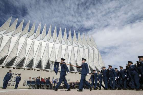 New study shows grim outlook for future of Air Force pilot