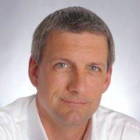 Head shot of Dave Schuman