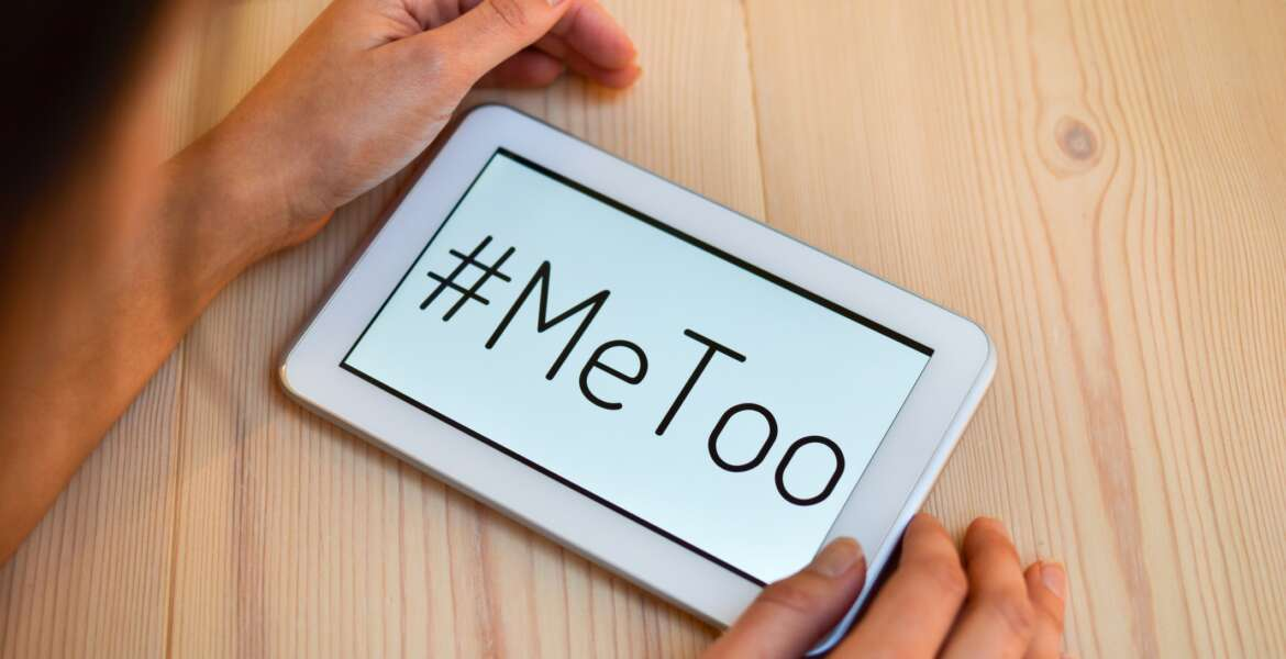 Women support the me too ( #metoo ) movement.