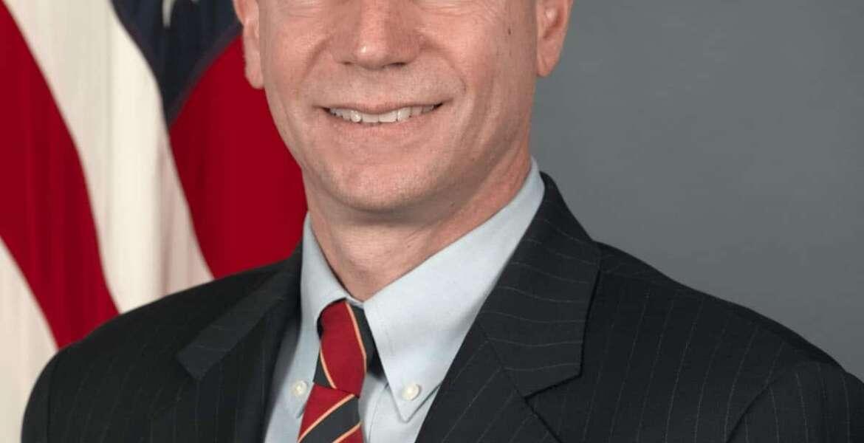 Head shot of Andrew Weber