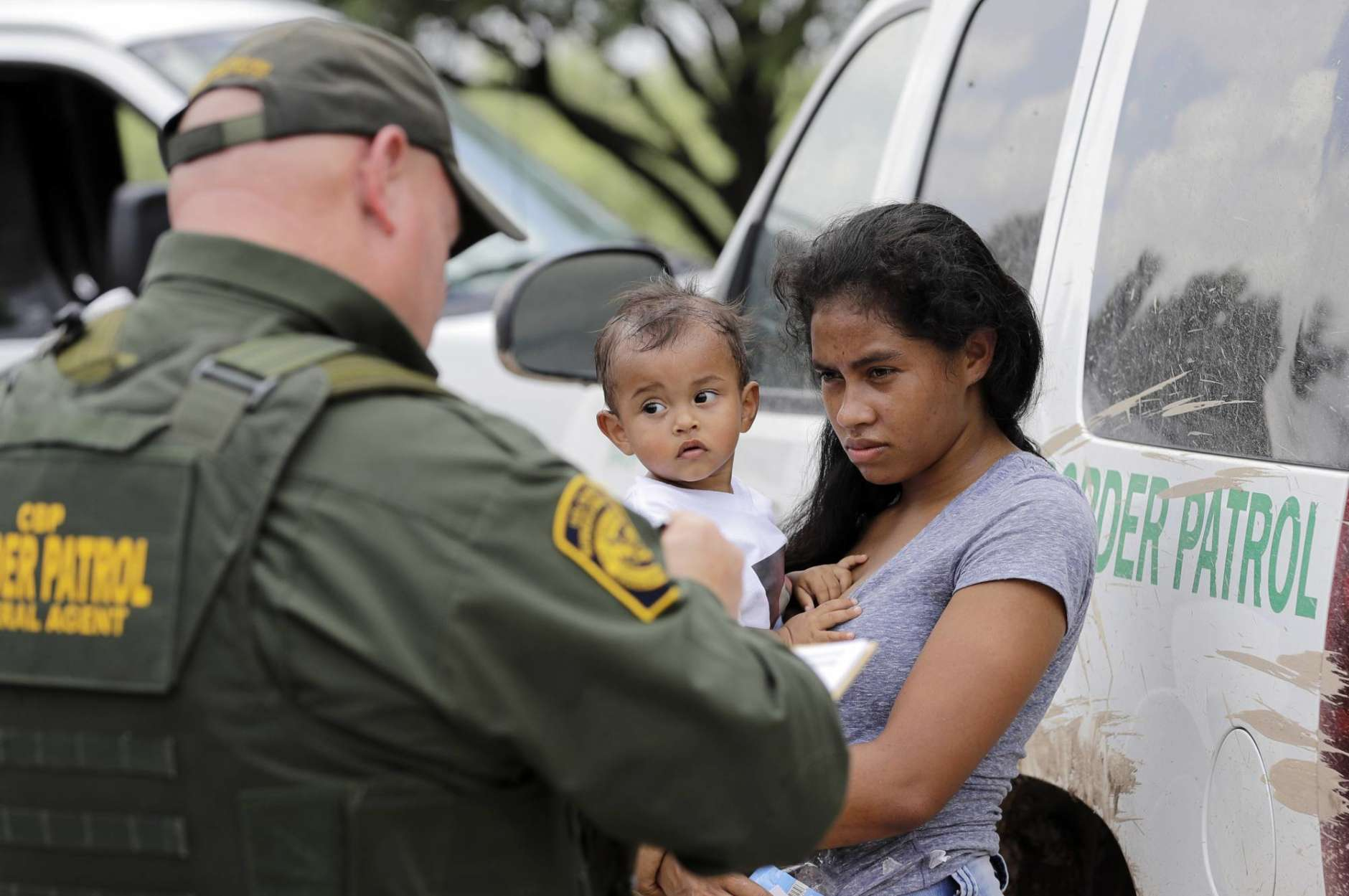 CBP hopes bonuses will help keep Border Patrol agents