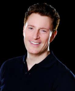 Head shot of Matthew Daniels