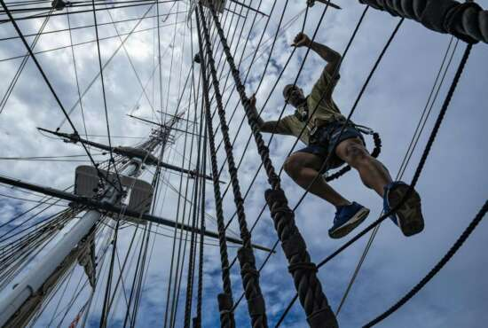 190828-N-UY653-0129rBOSTON (Aug. 28, 2019) Chief petty officer selects, Sailors who have been selected for the paygrade of E-7, participate in a mast climbing evolution during Chief Heritage week aboard the oldest commissioned warship afloat in the world, USS Constitution. During the selectees week spent aboard Constitution, Sailors teach them a variety of time-honored maritime evolutions while living and working aboard the ship. (U.S. Navy photo by Mass Communication Specialist 1st Class Ryan U. Kledzik/Released)