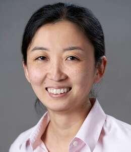 Head shot of Yuna Huh Wong