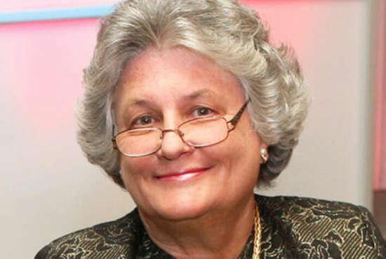Headshot of Bobbi Kilberg