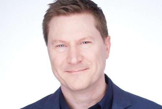 Head shot of Neil Proctor