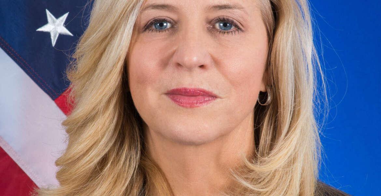 Headshot of Ellen McCarthy