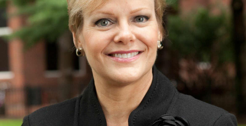 Headshot of Linda Moore