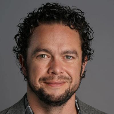 Head shot of Michael Murray