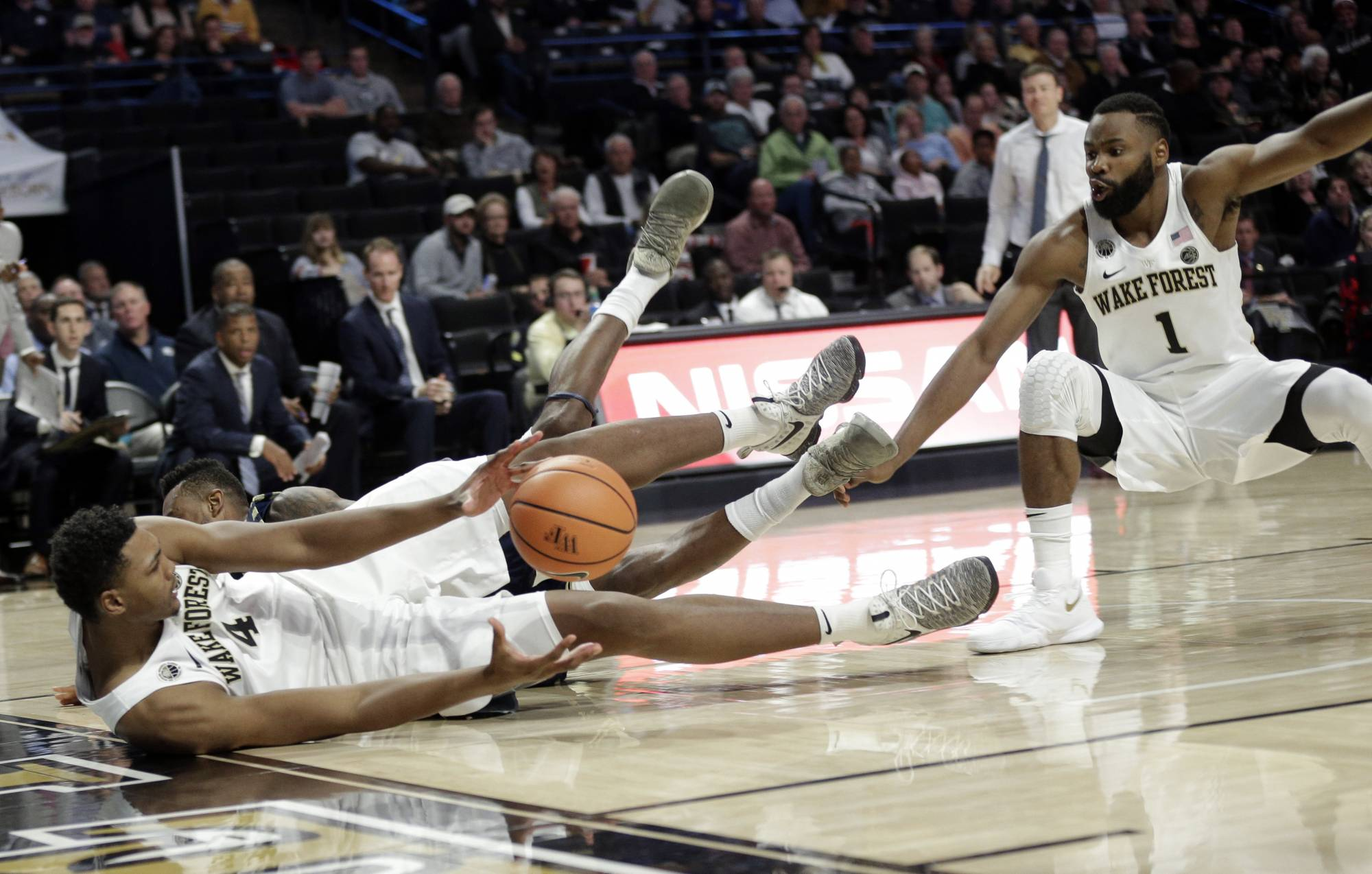 Smith hits winning FT, Georgia Southern shocks Wake Forest ...