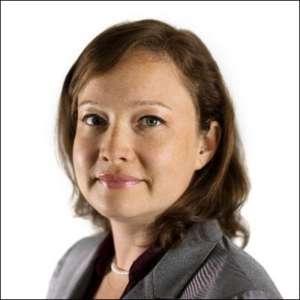 Headshot of Heather Kuldell